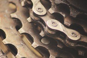 gears 2619876 1280 300x200 - MTB schoonmaken